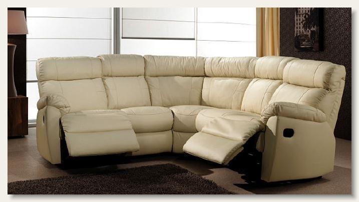 Agencement salon mayenne 53 maine meuble fauteuils for Agencement meuble salon